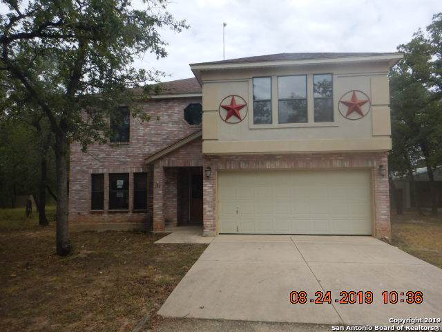 351 Shannon Rdg, Floresville, TX 78114 (#1415045) :: The Perry Henderson Group at Berkshire Hathaway Texas Realty