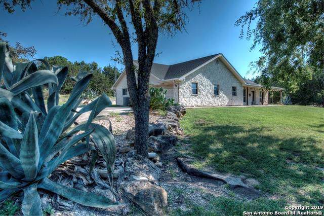 225 Roundabout Ln, Kerrville, TX 78028 (MLS #1415054) :: Alexis Weigand Real Estate Group