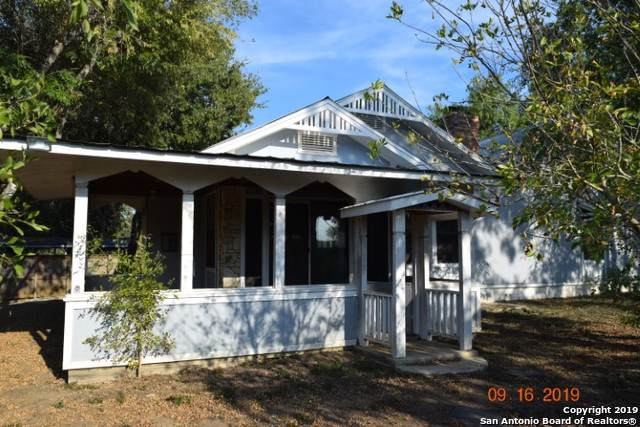 343 Village Dr, Somerset, TX 78069 (MLS #1415099) :: BHGRE HomeCity
