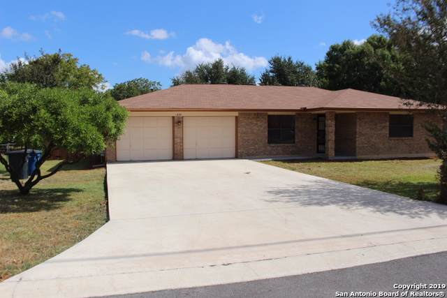 1229 Oleander Dr, New Braunfels, TX 78130 (MLS #1415213) :: Alexis Weigand Real Estate Group