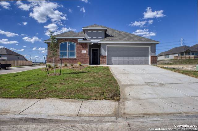 8211 Torchwood Dr, Converse, TX 78109 (#1415282) :: The Perry Henderson Group at Berkshire Hathaway Texas Realty