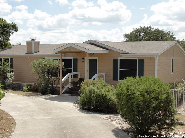 1167 Sunset View, Fischer, TX 78623 (#1415465) :: The Perry Henderson Group at Berkshire Hathaway Texas Realty