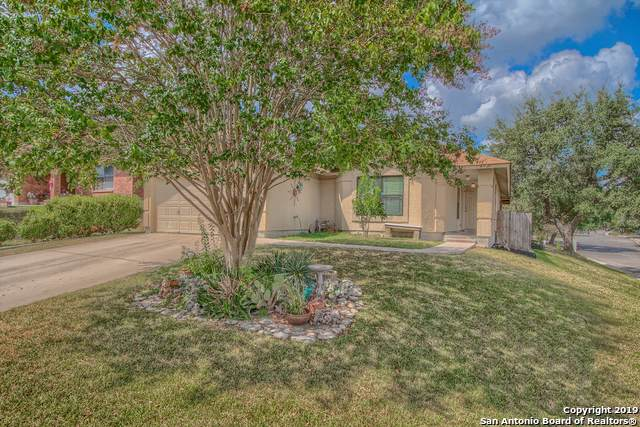 6303 Maverick Trail Dr, San Antonio, TX 78240 (MLS #1415550) :: Tom White Group