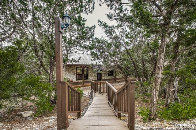 1396 Old Reagan Wells Rd, Leakey, TX 78873 (MLS #1415700) :: BHGRE HomeCity