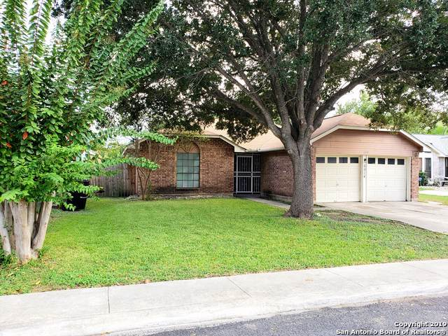 6914 Trail Lk, San Antonio, TX 78244 (MLS #1415786) :: BHGRE HomeCity