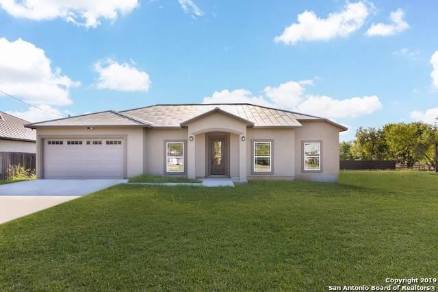 950 Joyce Marlene, Poteet, TX 78065 (MLS #1415796) :: Exquisite Properties, LLC