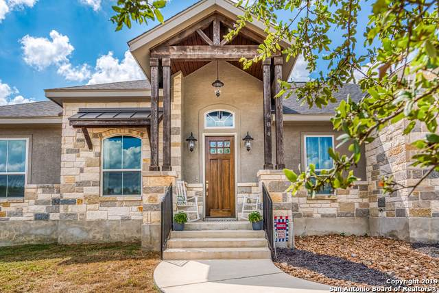 684 Cambridge Dr, New Braunfels, TX 78132 (MLS #1415812) :: The Gradiz Group