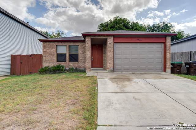 9926 Misty Plain Dr, San Antonio, TX 78245 (MLS #1415843) :: The Gradiz Group