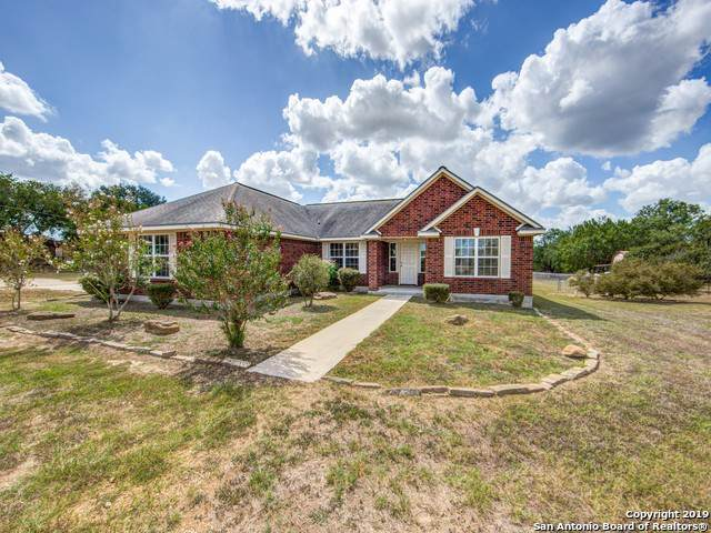 10726 New Sulphur Springs Rd, San Antonio, TX 78263 (MLS #1415893) :: BHGRE HomeCity