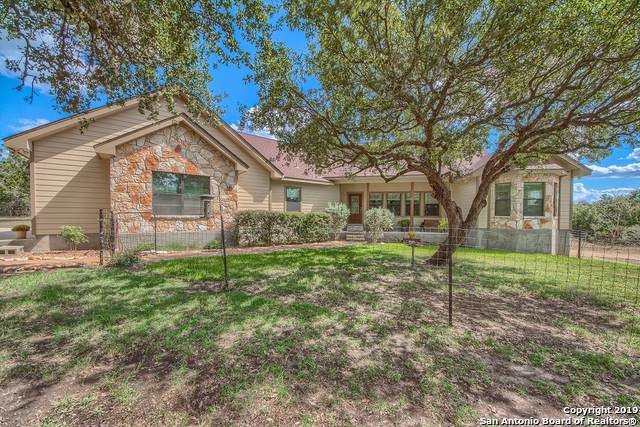 259 Pr 3512, Hondo, TX 78861 (#1415937) :: The Perry Henderson Group at Berkshire Hathaway Texas Realty