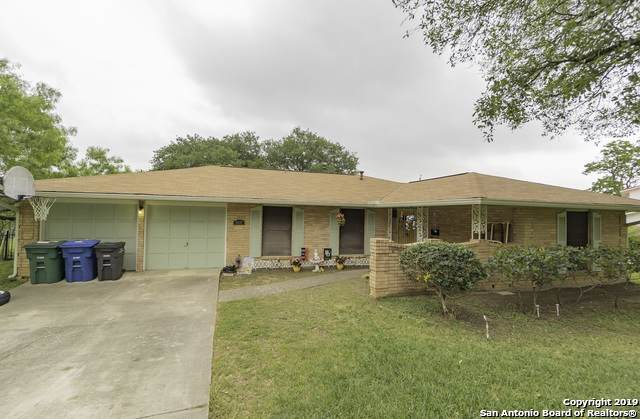 4510 Golf View Dr, San Antonio, TX 78223 (MLS #1416231) :: Santos and Sandberg