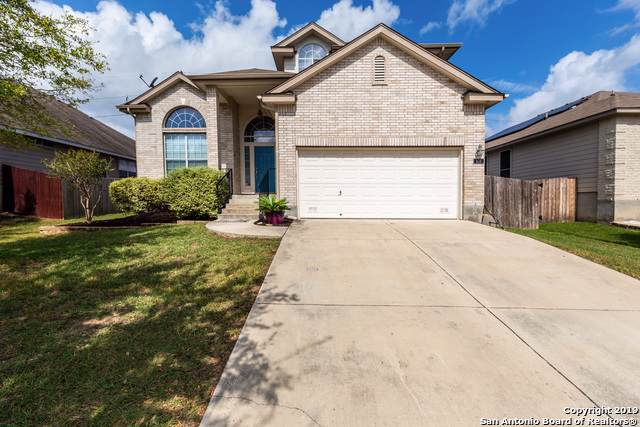 614 Calhoun Dr, New Braunfels, TX 78130 (MLS #1416240) :: BHGRE HomeCity