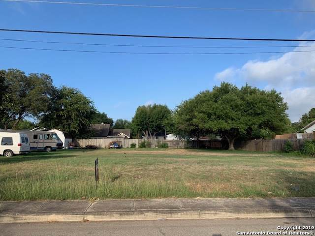 2915 Hollyhill Dr, San Antonio, TX 78222 (MLS #1416405) :: BHGRE HomeCity