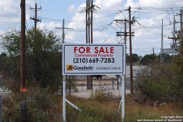 671 E Hondo Ave, Devine, TX 78016 (MLS #1416423) :: BHGRE HomeCity