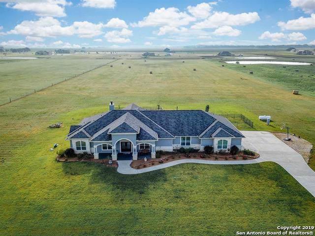 231 Mustang Ridge, El Campo, TX 77437 (#1416477) :: The Perry Henderson Group at Berkshire Hathaway Texas Realty