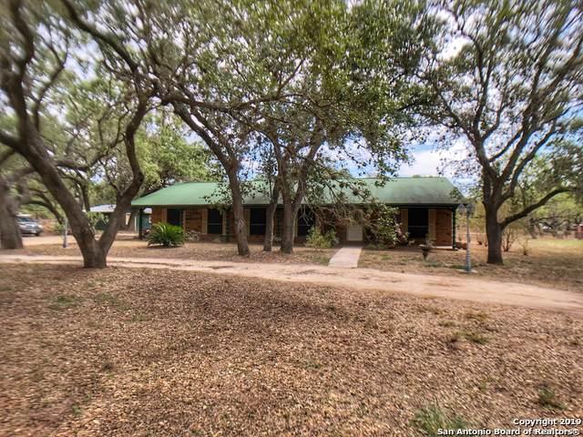 104 Live Oak Dr, Pleasanton, TX 78064 (MLS #1416499) :: Exquisite Properties, LLC