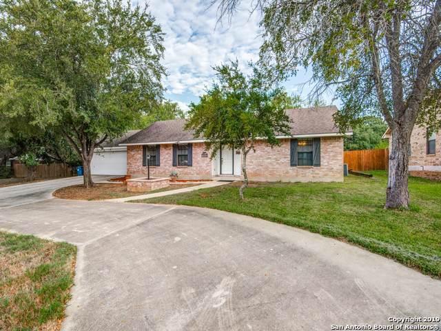 1244 Oakcrest Dr, Pleasanton, TX 78064 (MLS #1416605) :: Exquisite Properties, LLC