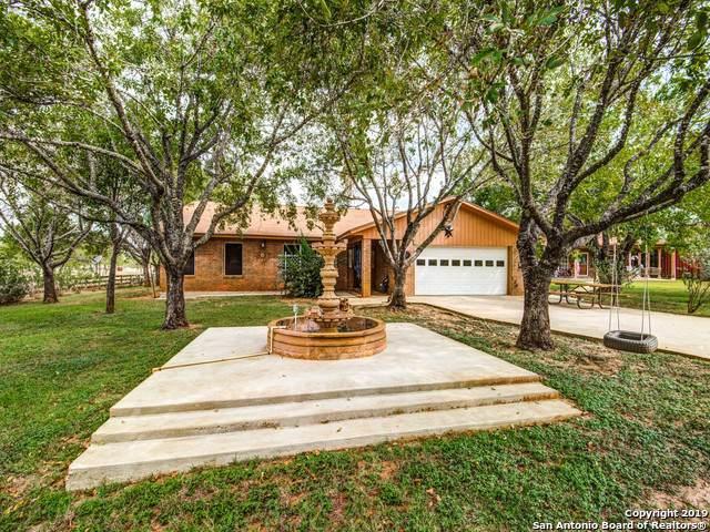 325 Fm 3350, Jourdanton, TX 78026 (MLS #1416670) :: Exquisite Properties, LLC