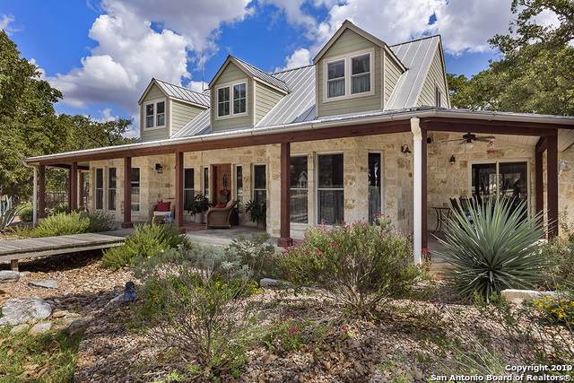 943 Woodland Dr, Fredericksburg, TX 78624 (MLS #1416695) :: Alexis Weigand Real Estate Group