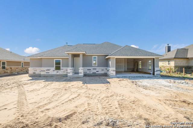 143 Muirfield Ln, La Vernia, TX 78121 (MLS #1416700) :: BHGRE HomeCity