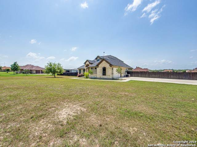 116 Abrego Run Dr, Floresville, TX 78114 (MLS #1416722) :: The Castillo Group