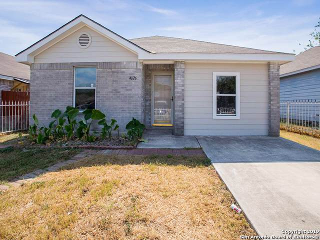 4826 Fortuna Pl, San Antonio, TX 78237 (#1416752) :: The Perry Henderson Group at Berkshire Hathaway Texas Realty