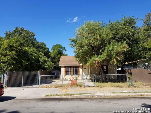 139 Iroquois St, San Antonio, TX 78211 (MLS #1416804) :: The Gradiz Group