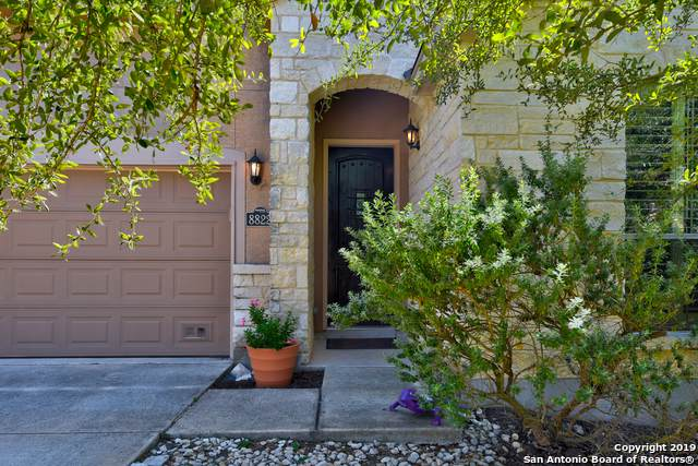 8822 Napa Landing, Boerne, TX 78015 (#1416872) :: The Perry Henderson Group at Berkshire Hathaway Texas Realty