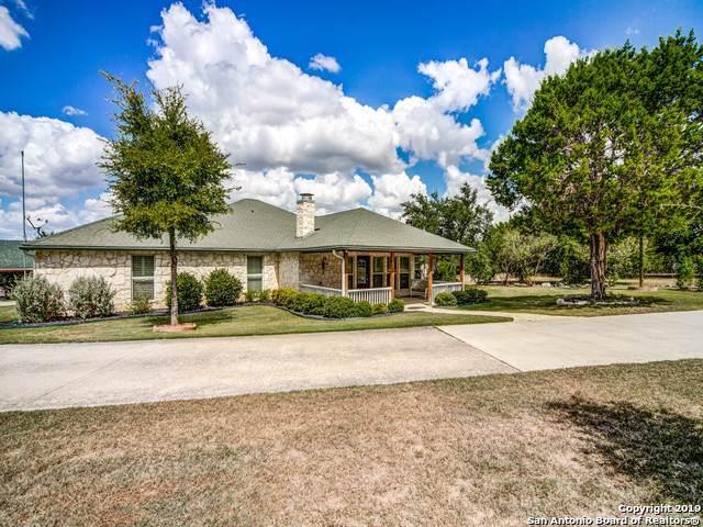 888 Brushy Creek Dr, Lakehills, TX 78063 (MLS #1416876) :: Alexis Weigand Real Estate Group