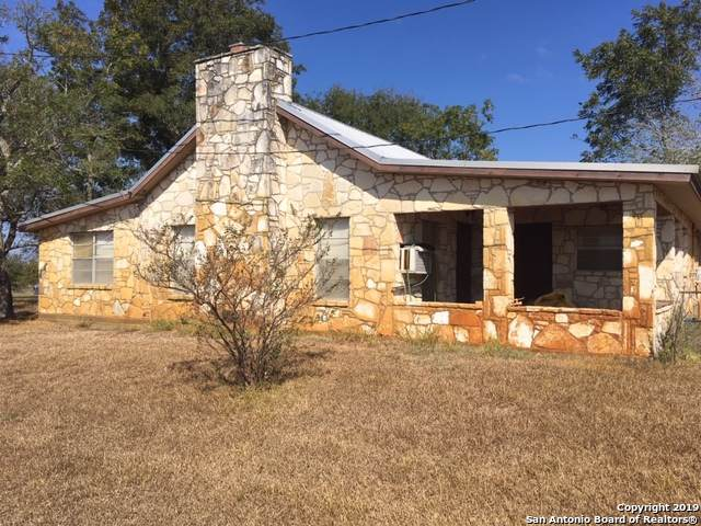162 County Road 145, Floresville, TX 78114 (MLS #1416921) :: The Castillo Group