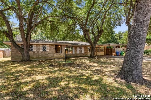 4706 Winneway Dr, San Antonio, TX 78222 (#1416972) :: The Perry Henderson Group at Berkshire Hathaway Texas Realty