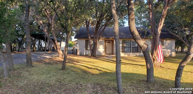 31494 Smithson Valley Rd, Bulverde, TX 78163 (#1417028) :: The Perry Henderson Group at Berkshire Hathaway Texas Realty