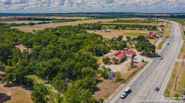 10219 E Hwy 290, Fredericksburg, TX 78624 (MLS #1417109) :: Alexis Weigand Real Estate Group