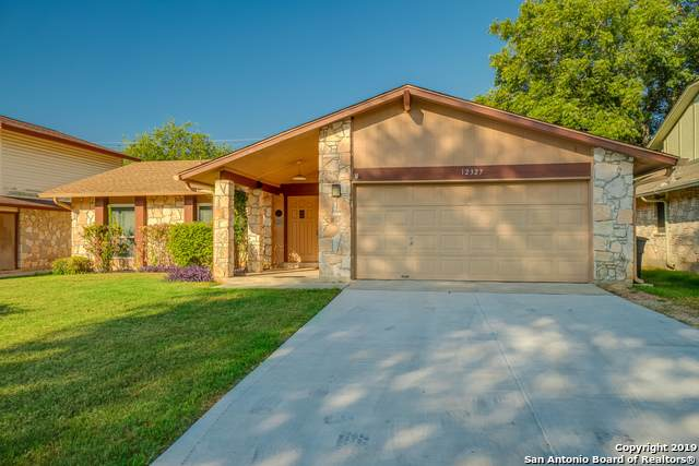 12327 Capeswood St, San Antonio, TX 78249 (#1417178) :: The Perry Henderson Group at Berkshire Hathaway Texas Realty