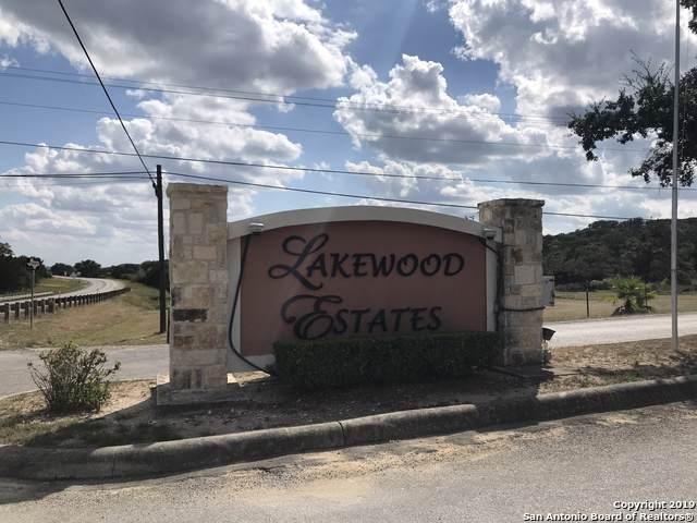 1301 Lakepark Dr, Lakehills, TX 78063 (MLS #1417187) :: Tom White Group