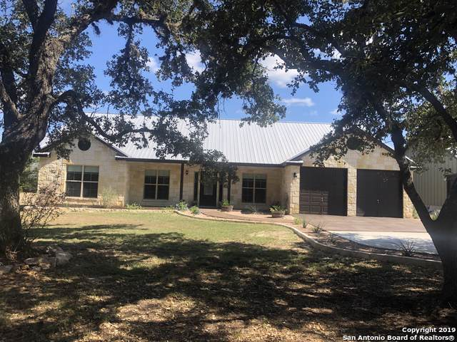 202 White Oak Trail, Boerne, TX 78006 (MLS #1417259) :: Alexis Weigand Real Estate Group
