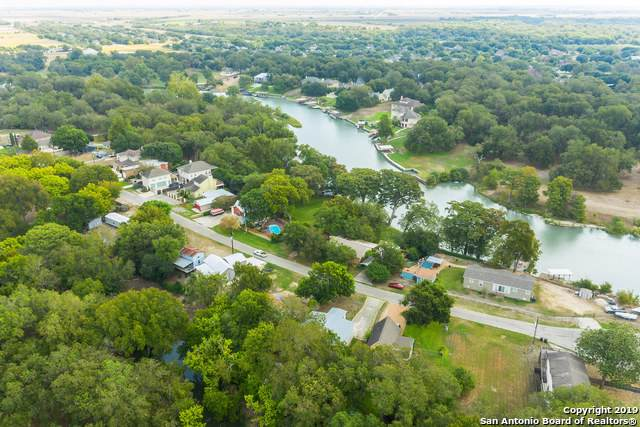642 Ridgeroad Dr, New Braunfels, TX 78130 (#1417309) :: The Perry Henderson Group at Berkshire Hathaway Texas Realty