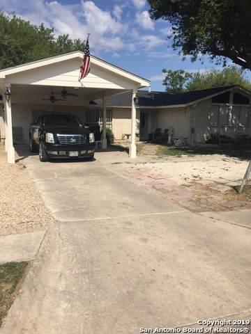 5815 Castle Brook Dr, San Antonio, TX 78218 (MLS #1417373) :: The Gradiz Group