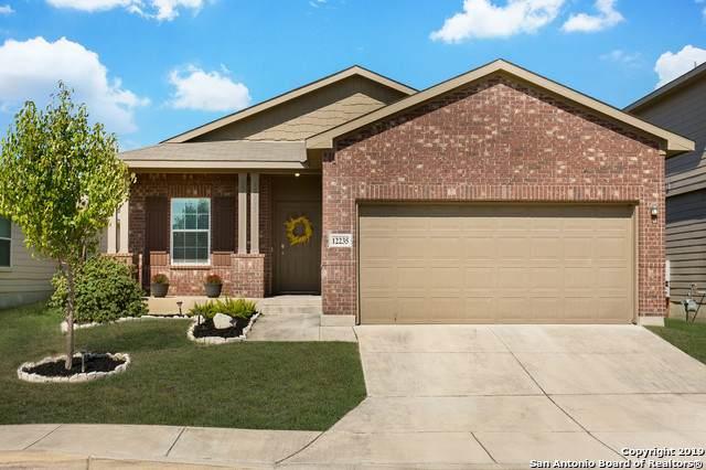 12235 Hamlin Creek, San Antonio, TX 78254 (MLS #1417423) :: Glover Homes & Land Group