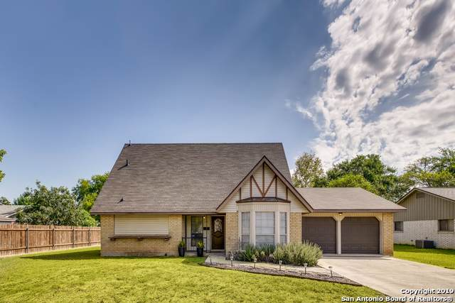 208 Greentree, Schertz, TX 78154 (MLS #1417705) :: The Mullen Group | RE/MAX Access