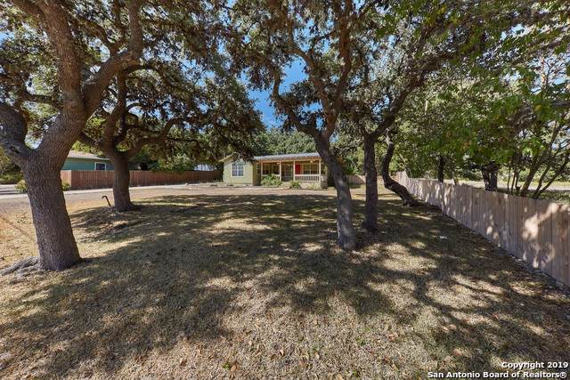 126 Bess St, Boerne, TX 78006 (MLS #1417766) :: Alexis Weigand Real Estate Group