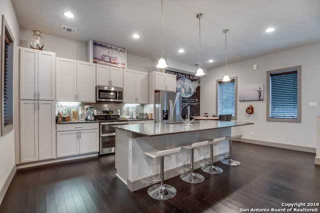 930 W Craig Pl #4, San Antonio, TX 78201 (#1417767) :: The Perry Henderson Group at Berkshire Hathaway Texas Realty