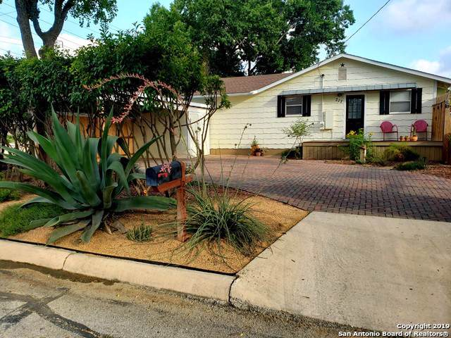 217 W Wright Blvd, Universal City, TX 78148 (MLS #1417771) :: The Mullen Group | RE/MAX Access
