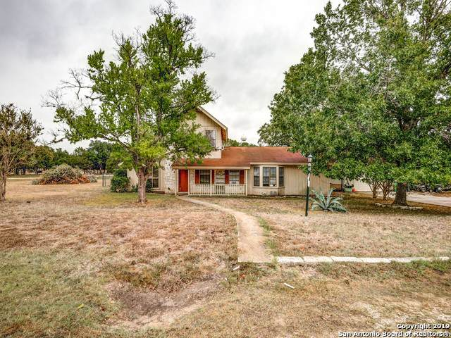 1504 Oakridge Dr, Blanco, TX 78606 (MLS #1417818) :: Alexis Weigand Real Estate Group