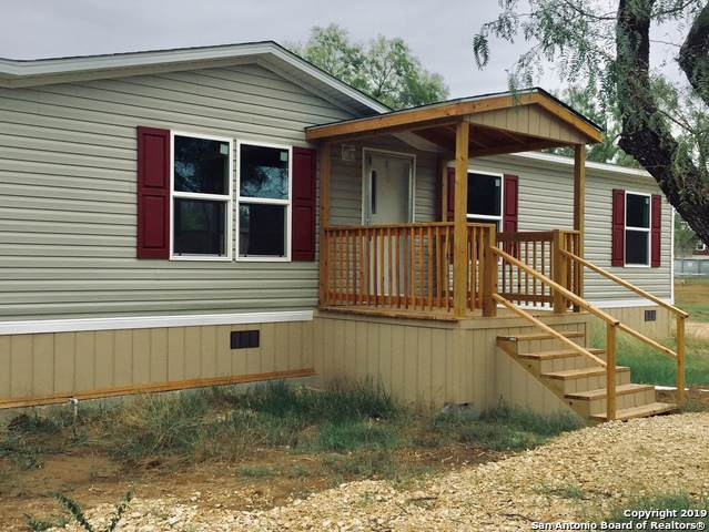 115 4TH, Natalia, TX 78059 (MLS #1417899) :: Niemeyer & Associates, REALTORS®