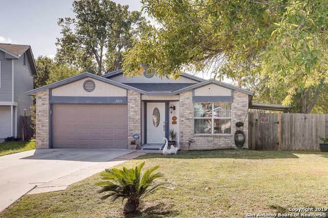 8215 Misty Cedar Dr, Converse, TX 78109 (#1417962) :: The Perry Henderson Group at Berkshire Hathaway Texas Realty