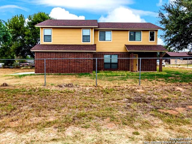 15280 Cassiano Rd, Elmendorf, TX 78112 (MLS #1418074) :: BHGRE HomeCity