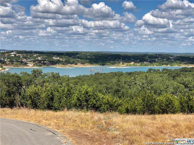 2253 Bella Vista, Canyon Lake, TX 78133 (#1418193) :: The Perry Henderson Group at Berkshire Hathaway Texas Realty
