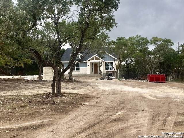 8223 Foxcross Dr, Spring Branch, TX 78070 (MLS #1418284) :: Alexis Weigand Real Estate Group
