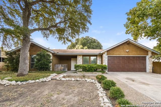 5823 Sky Country St, San Antonio, TX 78247 (MLS #1418410) :: Alexis Weigand Real Estate Group
